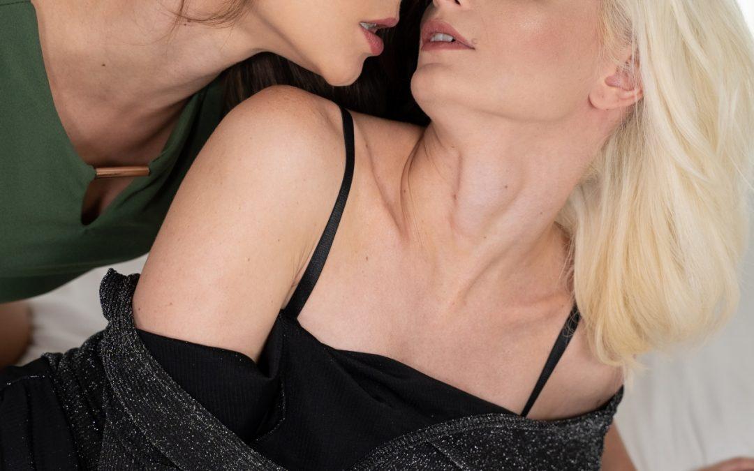 Lesbian after Party – Mia Casanova