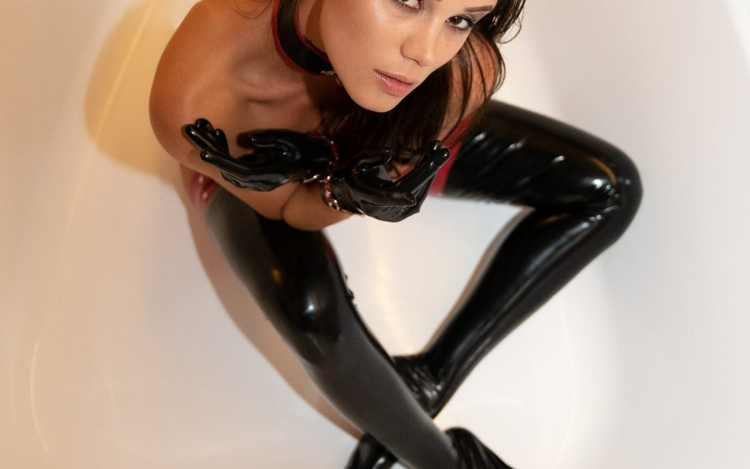 POV Dreams – Latex Emotions