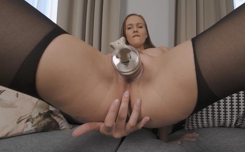 VR Stacy Cruz Pump Pussy